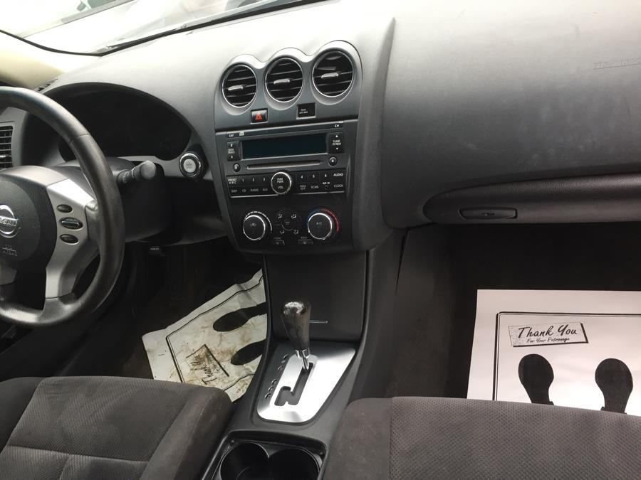 2009 Nissan Altima 4dr Sdn I4 CVT 2.5 S, available for sale in Brooklyn, New York | Atlantic Used Car Sales. Brooklyn, New York