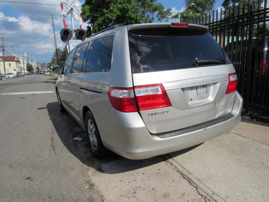 2006 Honda Odyssey 5dr EX-L AT with RES, available for sale in Paterson, New Jersey | MFG Prestige Auto Group. Paterson, New Jersey