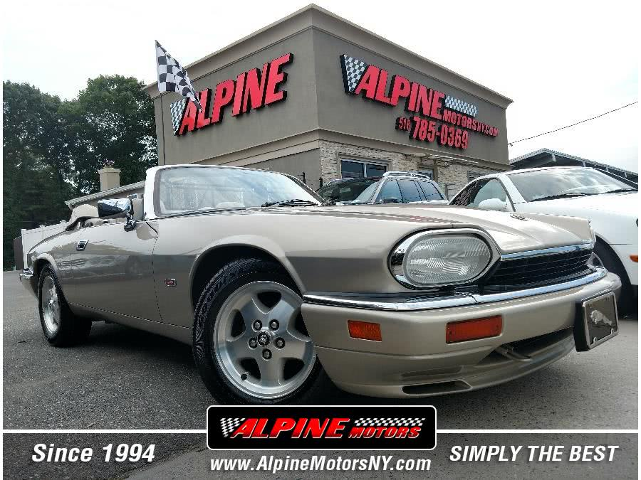 Used 1995 Jaguar XJS in Wantagh, New York | Alpine Motors Inc. Wantagh, New York