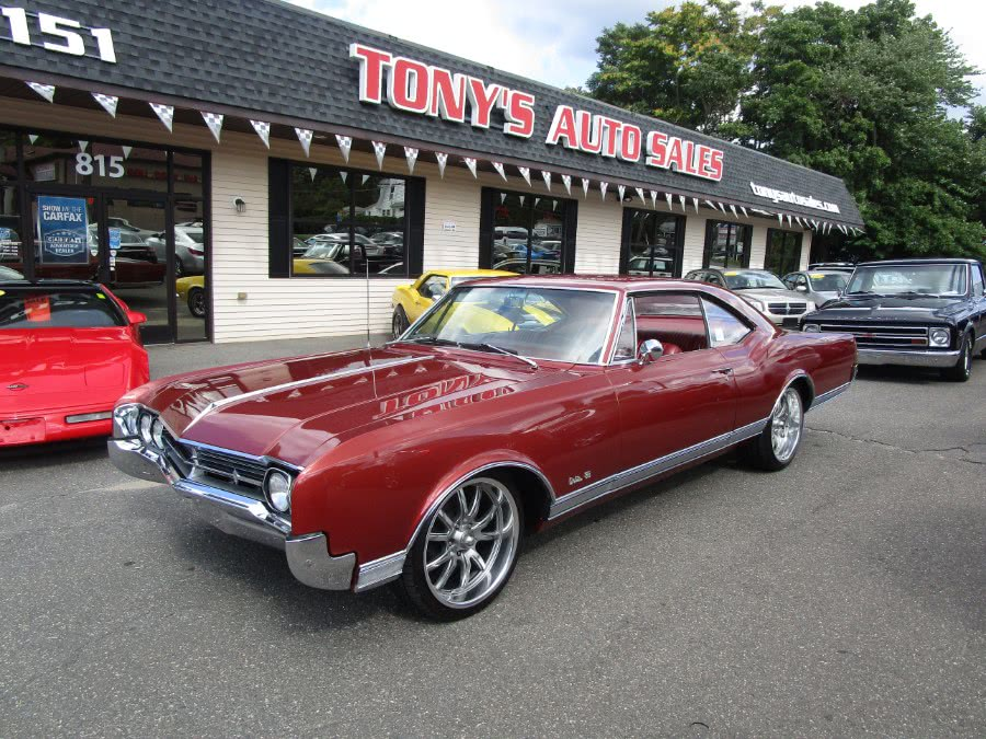 Used 1966 Oldsmobile Delta 88 in Waterbury, Connecticut | Tony's Auto Sales. Waterbury, Connecticut