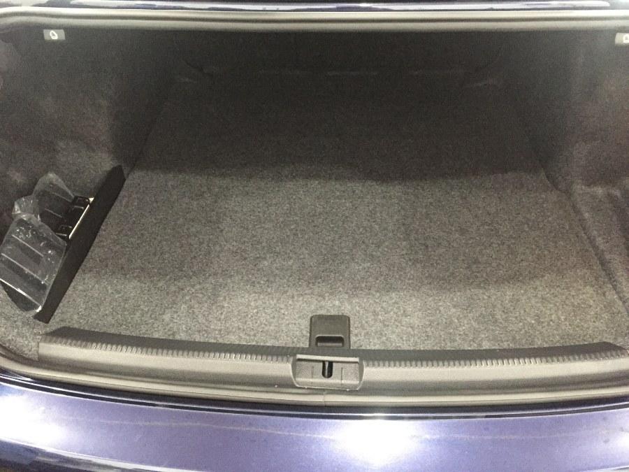 2014 Volkswagen Passat 4dr Sdn 1.8T Auto SE PZEV, available for sale in Bristol, Connecticut | Bristol Auto Center LLC. Bristol, Connecticut
