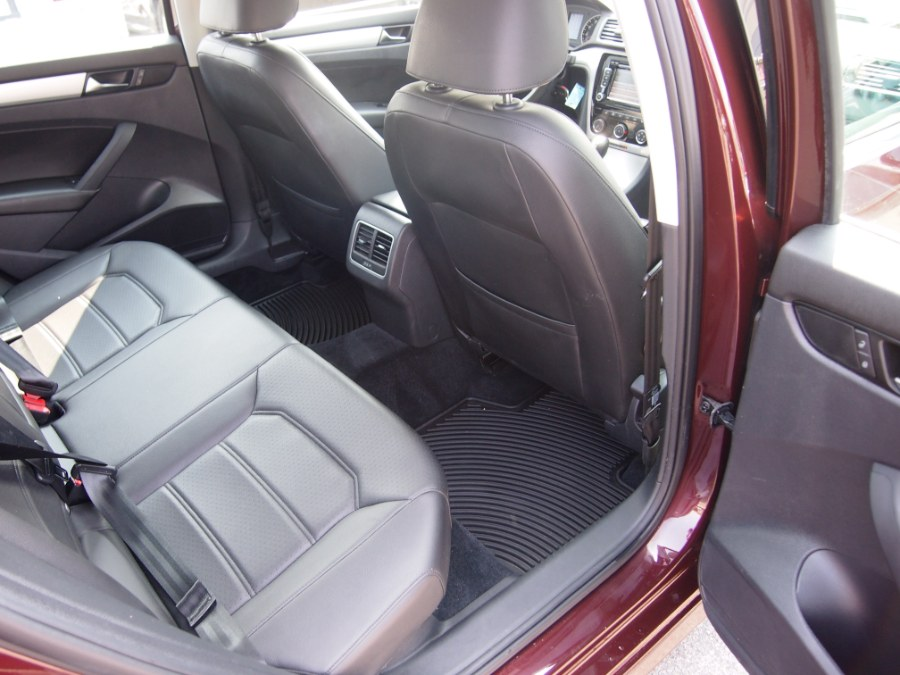 2013 Volkswagen Passat 4dr Sdn 2.5L Auto SE w/Sunroof PZEV, available for sale in Worcester, Massachusetts | Hilario's Auto Sales Inc.. Worcester, Massachusetts