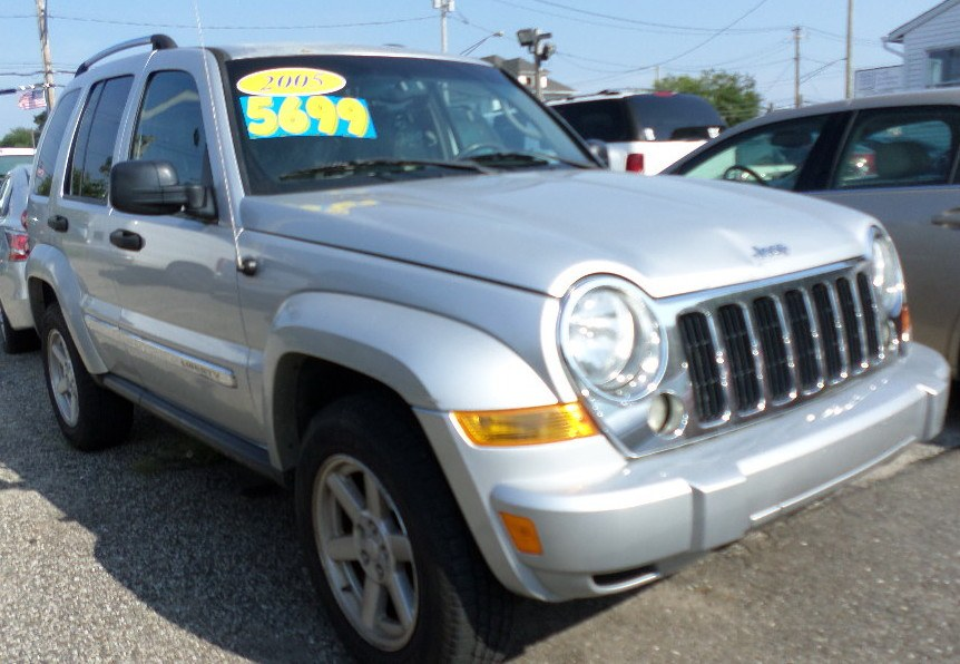 2005 Jeep Liberty 4dr Limited 4WD, available for sale in Patchogue, New York | Romaxx Truxx. Patchogue, New York