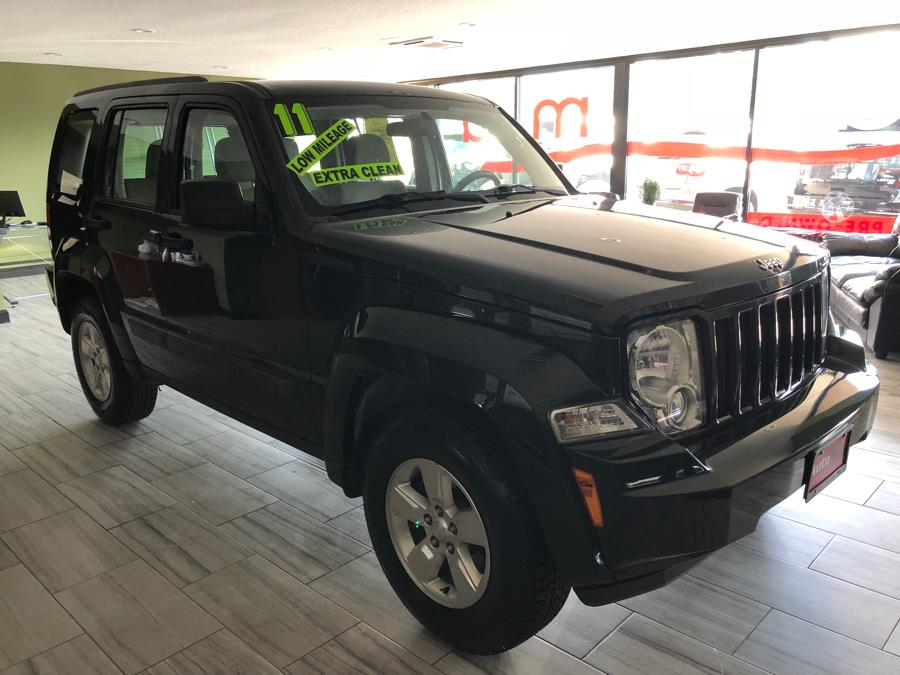 2011 Jeep Liberty 4WD 4dr Sport, available for sale in West Hartford, Connecticut | AutoMax. West Hartford, Connecticut