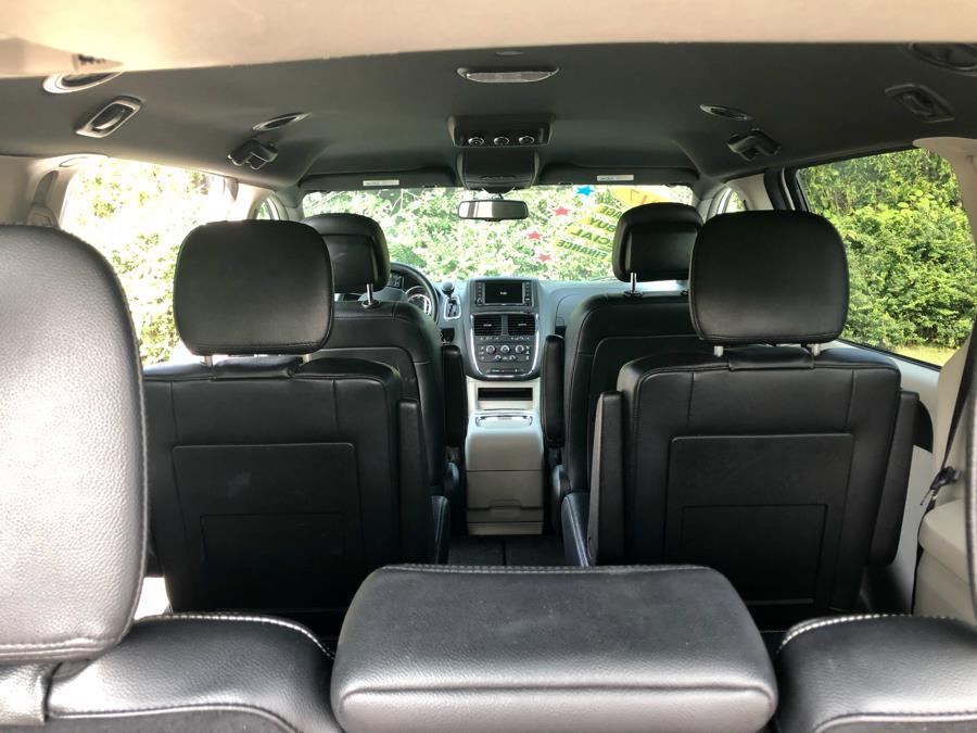2017 Dodge Grand Caravan SXT Wagon, available for sale in Revere, Massachusetts | Sena Motors Inc. Revere, Massachusetts