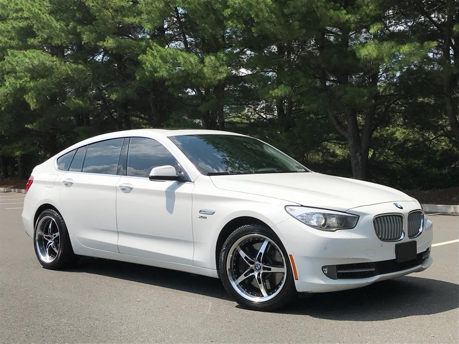2010 BMW 5 Series Gran Turismo 5dr 550i xDrive Gran Turismo AWD, available for sale in Bristol , Connecticut | Riverside Auto Center LLC. Bristol , Connecticut