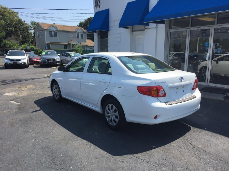 2009 Toyota Corolla 4dr Sdn Auto LE (Natl), available for sale in Lindenhurst, New York | Rite Cars, Inc. Lindenhurst, New York