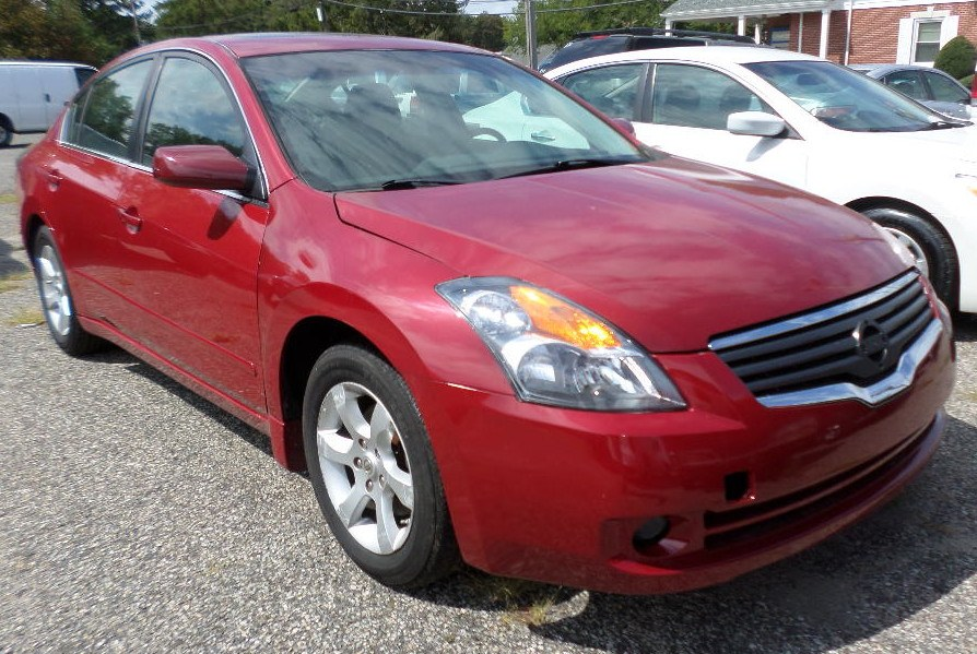 2009 Nissan Altima 4dr Sdn I4 CVT 2.5 S, available for sale in Patchogue, New York   Romaxx Truxx. Patchogue, New York