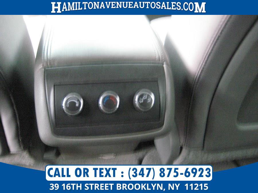 2010 Chevrolet Traverse AWD 4dr LT w/1LT, available for sale in Brooklyn, New York | Hamilton Avenue Auto Sales DBA Nyautoauction.com. Brooklyn, New York