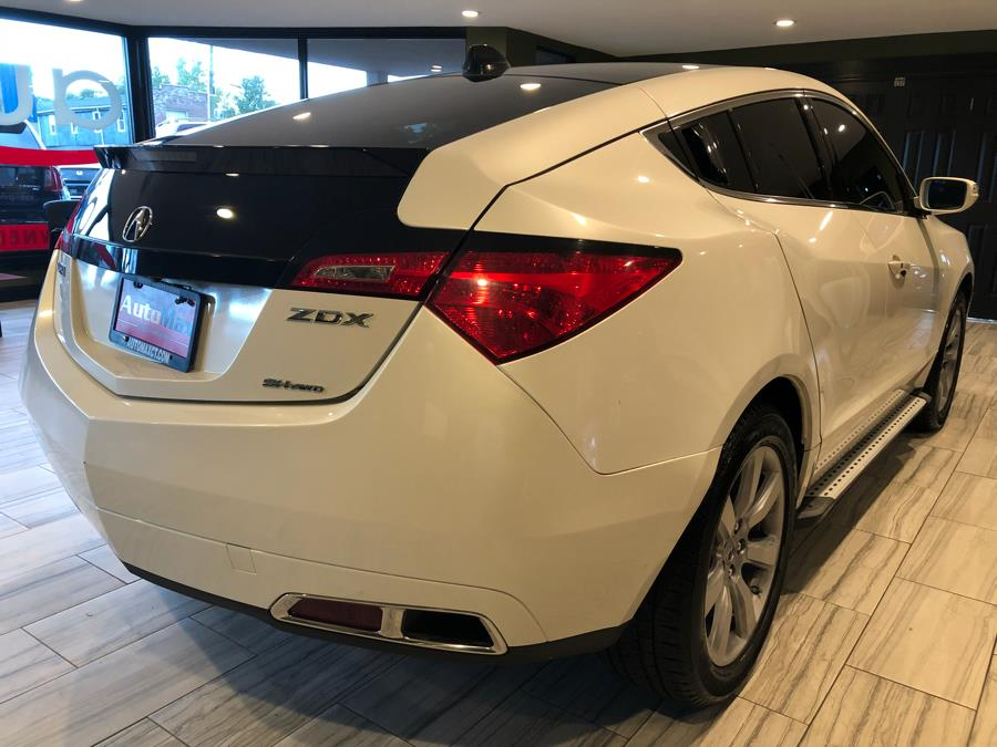 Used Acura ZDX AWD 4dr Advance Pkg 2011 | AutoMax. West Hartford, Connecticut