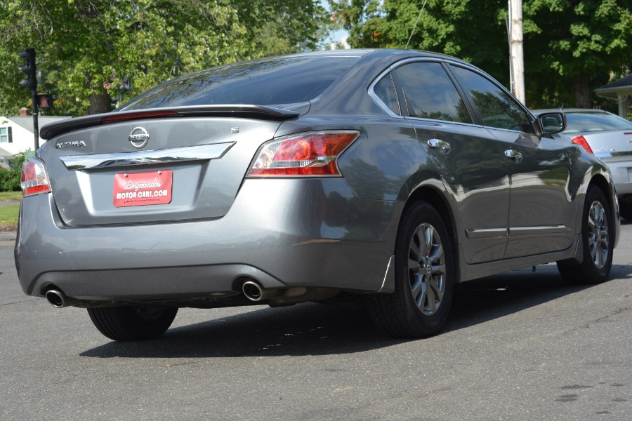 2015 Nissan Altima 4dr Sdn I4 2.5 S, available for sale in ENFIELD, Connecticut | Longmeadow Motor Cars. ENFIELD, Connecticut
