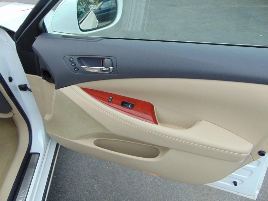 2007 Lexus ES 350 4dr Sdn, available for sale in Danbury, Connecticut   Car City of Danbury, LLC. Danbury, Connecticut