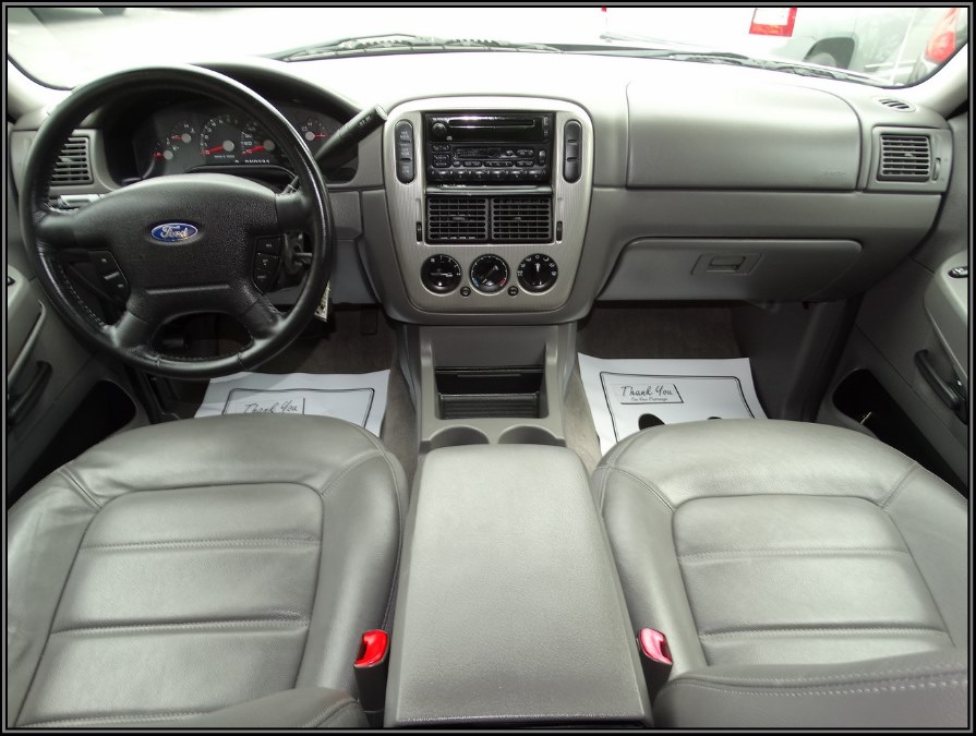2003 Ford Explorer 4dr 114