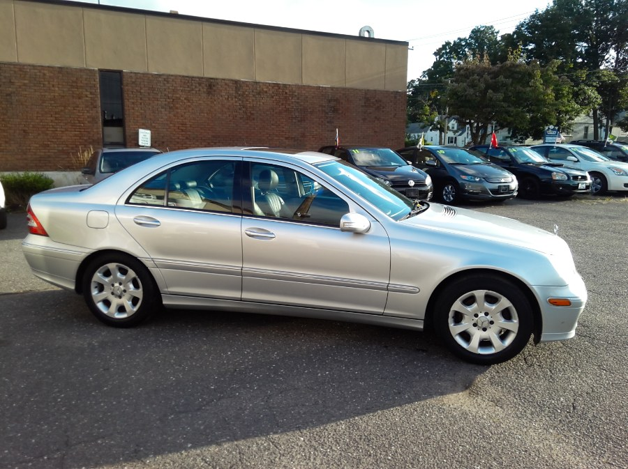 2006 Mercedes-Benz C-Class 4dr Luxury Sdn 3.0L 4MATIC, available for sale in Manchester, Connecticut   Best Auto Sales LLC. Manchester, Connecticut