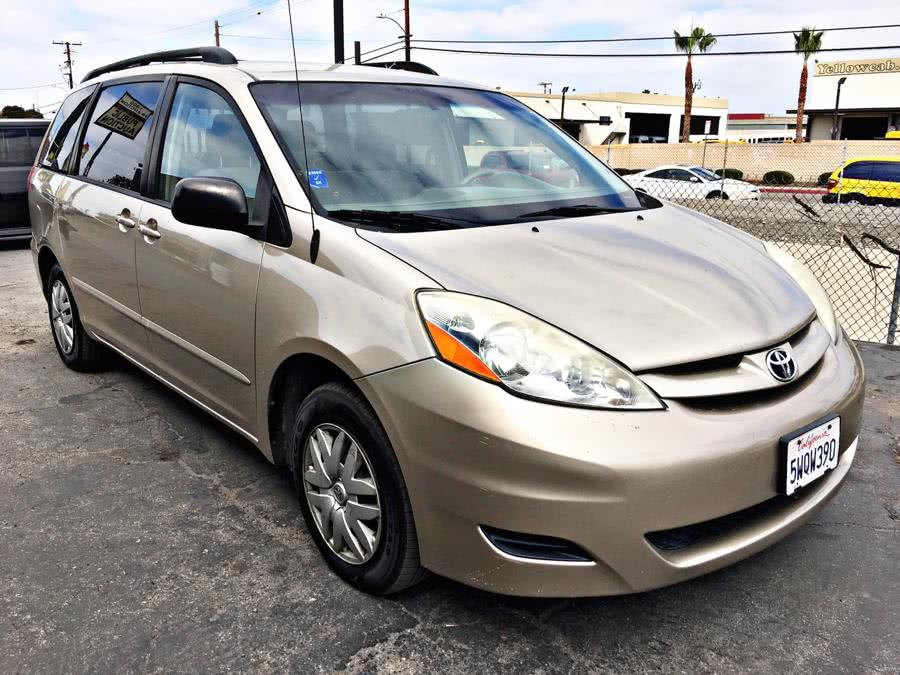 Used Toyota Sienna 5dr LE FWD 7-Passenger (Natl) 2006 | U Save Auto Auction. Garden Grove, California