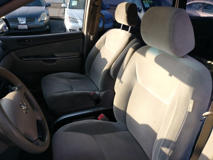2006 Toyota Sienna 5dr LE FWD 7-Passenger (Natl), available for sale in Garden Grove, California | U Save Auto Auction. Garden Grove, California