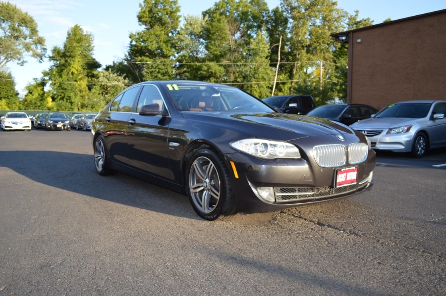 2011 BMW 5 Series 4dr Sdn 550i xDrive AWD, available for sale in Hartford, Connecticut | Locust Motors LLC. Hartford, Connecticut