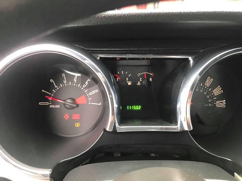 Used Ford Mustang V6 Premium 2dr Convertible 2008 | Mass Auto Exchange. Framingham, Massachusetts