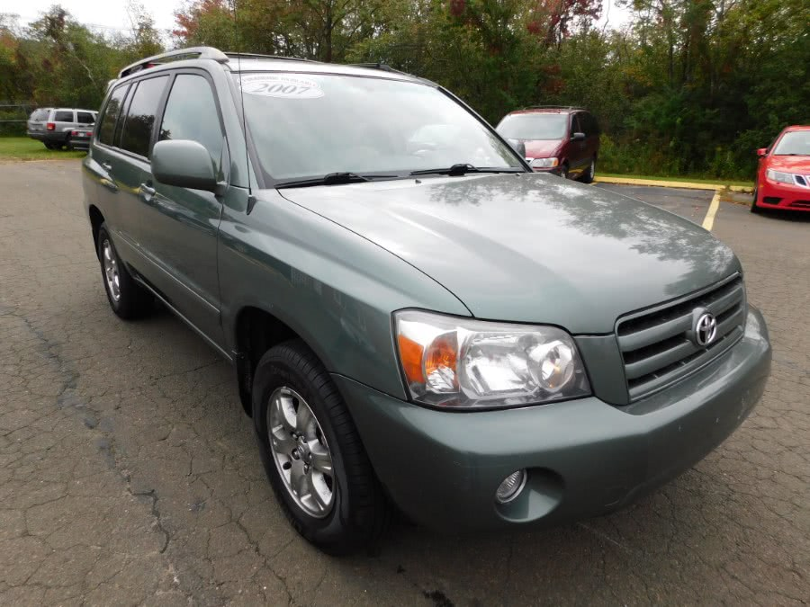 Used Toyota Highlander 4WD 4dr V6 (Natl) 2007 | M&M Motors International. Clinton, Connecticut
