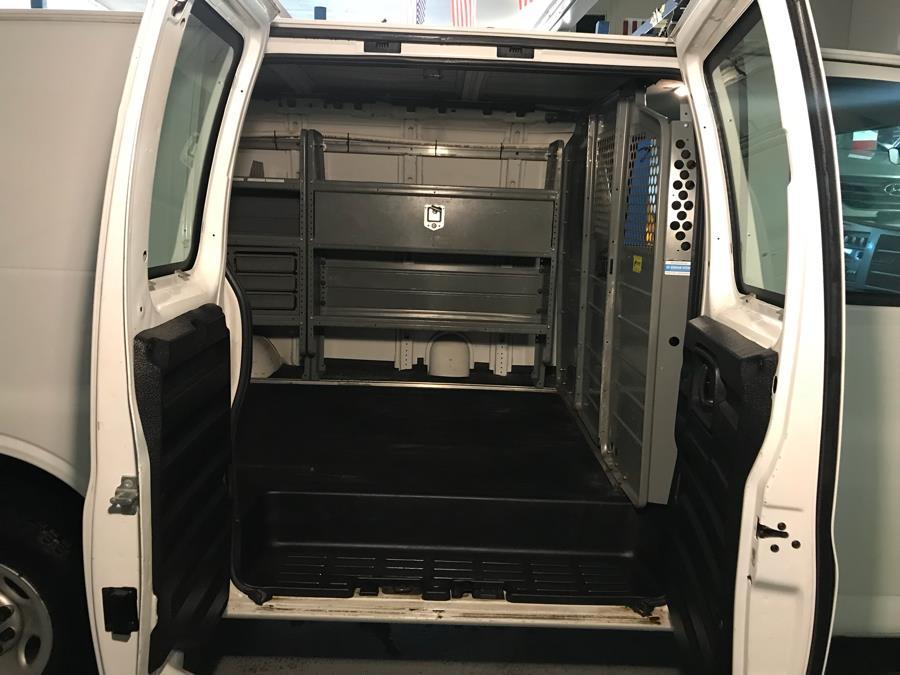 2014 Chevrolet Express Cargo Van RWD 2500 135