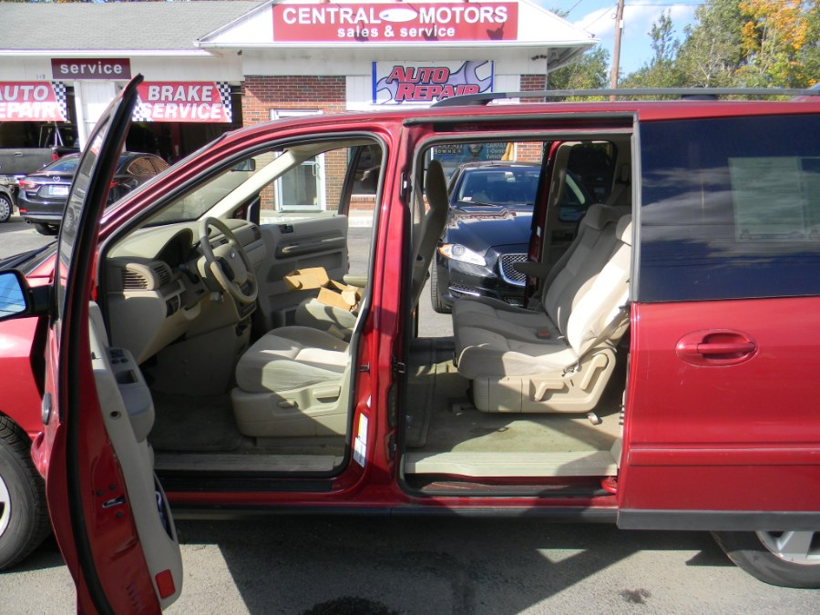 2005 Ford Freestar Wagon 4dr SES, available for sale in Southborough, Massachusetts | M&M Vehicles Inc dba Central Motors. Southborough, Massachusetts