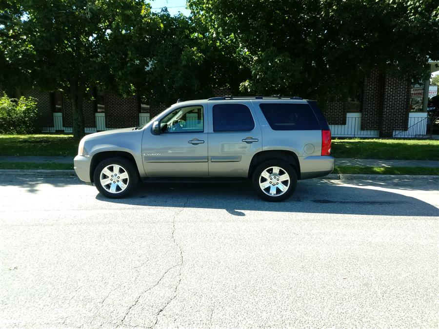 2007 GMC Yukon 4WD 4dr 1500 SLT, available for sale in Shirley, New York   Roe Motors Ltd. Shirley, New York