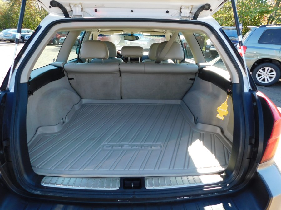 Used Subaru Legacy Wagon (Natl) Outback 3.0 R VDC Ltd 2005 | M&M Motors International. Clinton, Connecticut