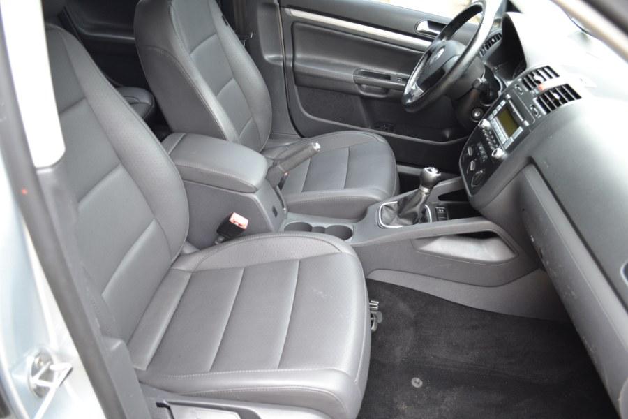 2009 Volkswagen Jetta Sedan 4dr Man SE, available for sale in Baldwin, New York | Carmoney Auto Sales. Baldwin, New York