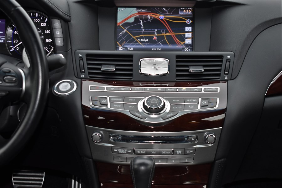 2015 INFINITI Q70 4dr Sdn V6 AWD Sport, available for sale in Hartford, Connecticut | VEB Auto Sales. Hartford, Connecticut