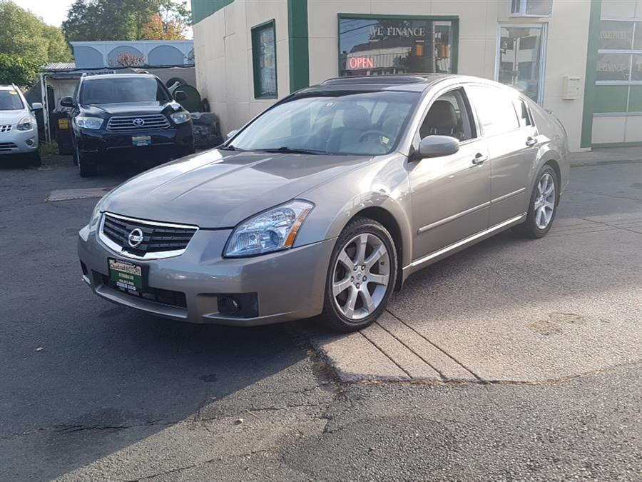 2008 Nissan Maxima 4dr Sdn CVT 3.5 SE, available for sale in West Hartford, Connecticut | Chadrad Motors llc. West Hartford, Connecticut