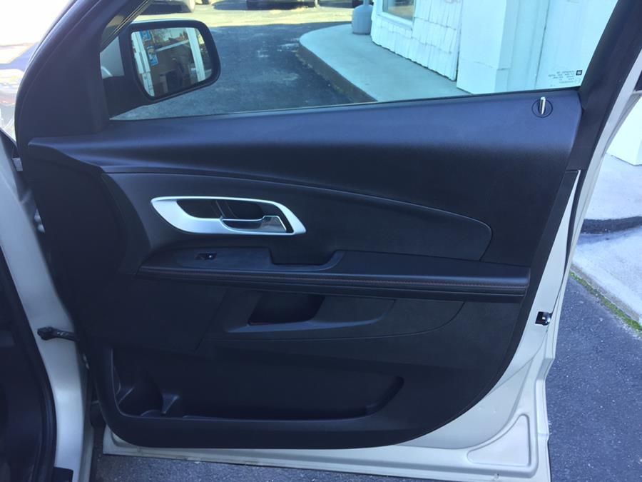 2010 Chevrolet Equinox FWD 4dr LT w/1LT, available for sale in Lindenhurst, New York | Rite Cars, Inc. Lindenhurst, New York