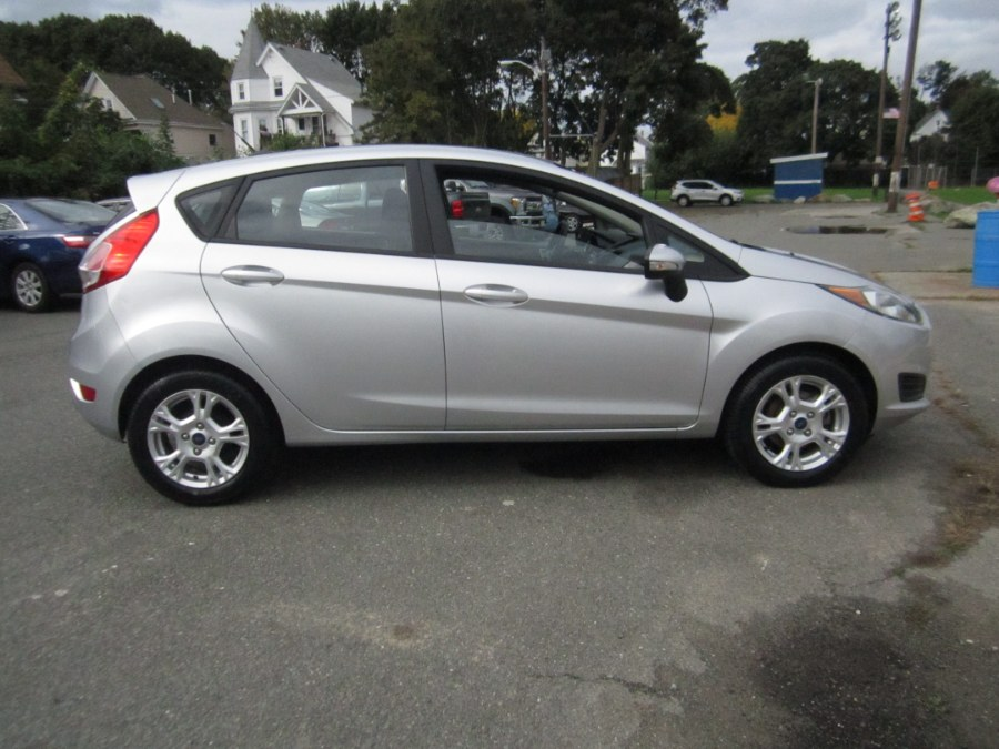 2015 Ford Fiesta 5dr HB SE, available for sale in Medford, Massachusetts | A-Tech. Medford, Massachusetts