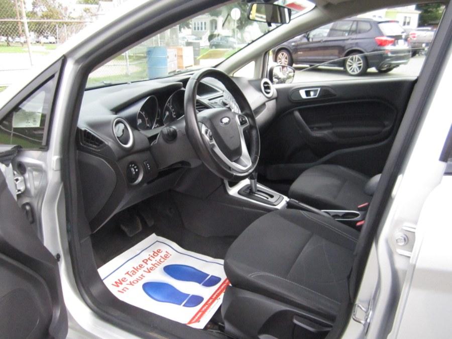Used Ford Fiesta 5dr HB SE 2015   A-Tech. Medford, Massachusetts