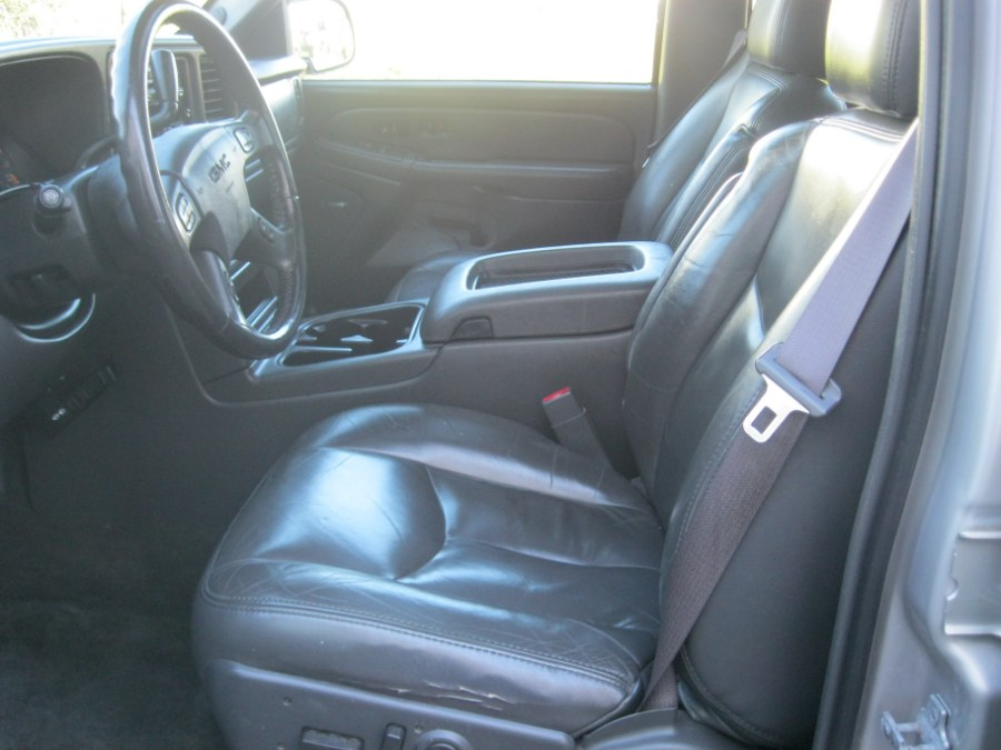 2005 GMC Sierra 1500 SLT 4x4 Crew Cab, available for sale in Plainville, Connecticut | CK Autos. Plainville, Connecticut