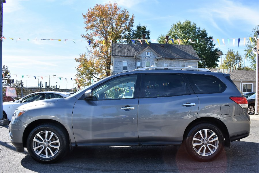 2016 Nissan Pathfinder 4WD 4dr S, available for sale in Hartford, Connecticut | VEB Auto Sales. Hartford, Connecticut
