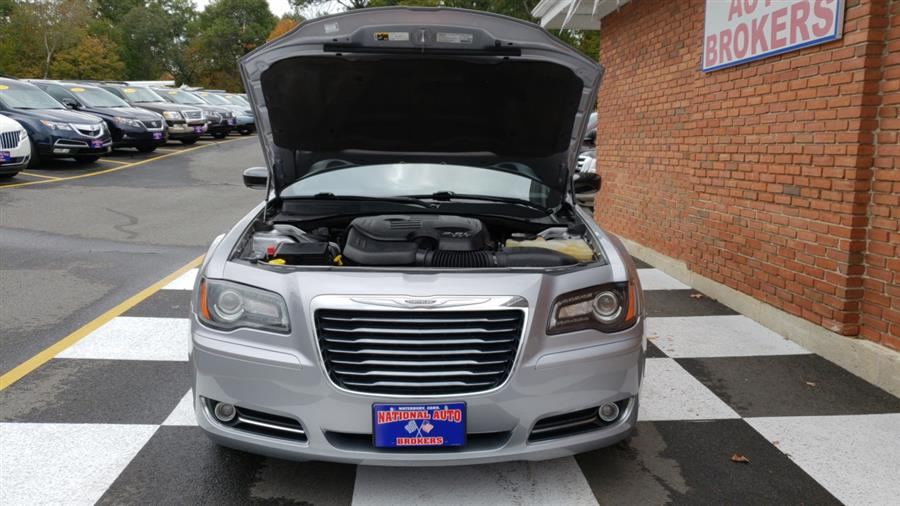 Used Chrysler 300S AWD 2013 | National Auto Brokers, Inc.. Waterbury, Connecticut