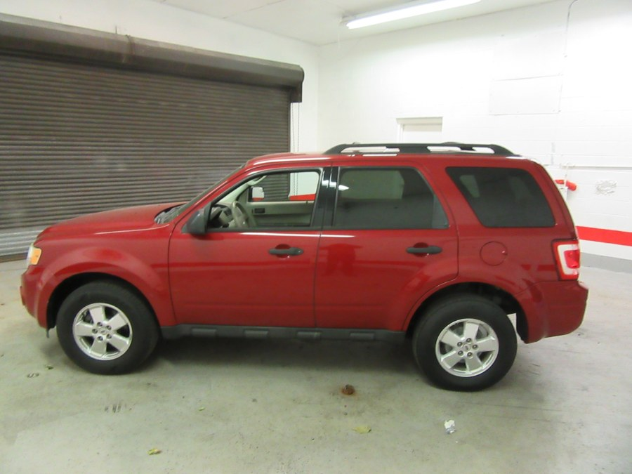 2011 Ford Escape FWD 4dr XLS, available for sale in Little Ferry, New Jersey | Victoria Preowned Autos Inc. Little Ferry, New Jersey