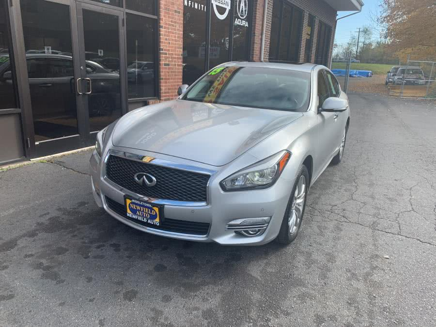 Used 2015 INFINITI Q70 in Middletown, Connecticut | Newfield Auto Sales. Middletown, Connecticut