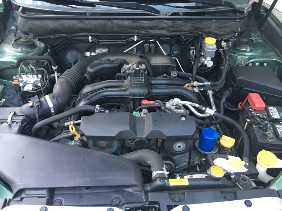 2014 Subaru Outback 4dr Wgn H4 Auto 2.5i Premium, available for sale in Bristol, Connecticut   Bristol Auto Center LLC. Bristol, Connecticut
