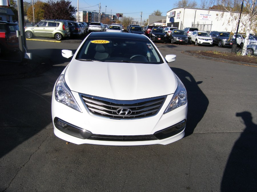 2015 Hyundai Azera 4dr Sdn Limited, available for sale in Stratford, Connecticut | Wiz Leasing Inc. Stratford, Connecticut