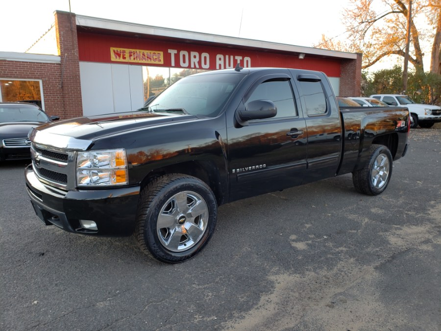 2009 Chevrolet Silverado 1500 4WD, available for sale in East Windsor, CT