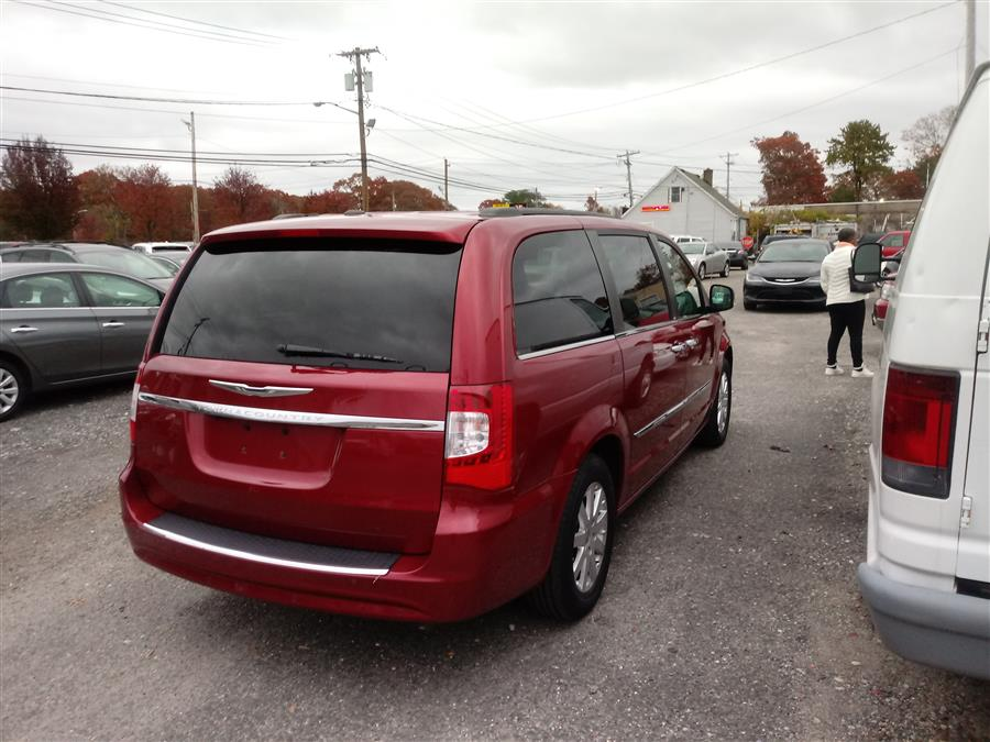 2013 Chrysler Town & Country 4dr Wgn Touring-L, available for sale in Shirley, New York | Roe Motors Ltd. Shirley, New York
