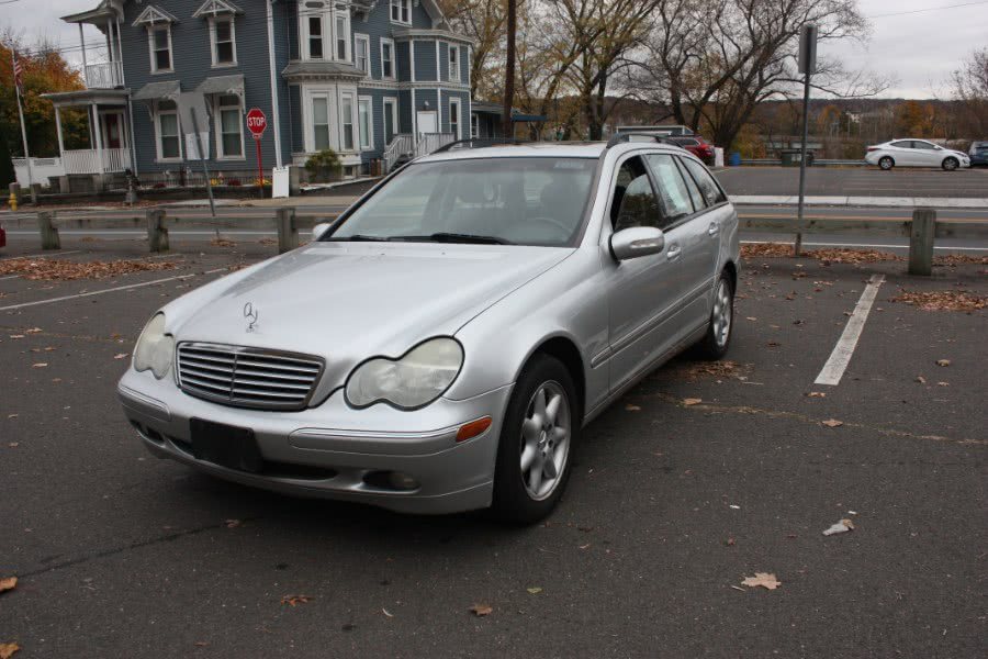 Used 2004 Mercedes-Benz C-Class in Derby, Connecticut | Bridge Motors LLC. Derby, Connecticut