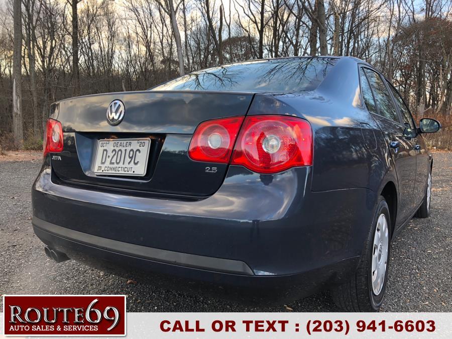 2006 Volkswagen Jetta Sedan 4dr Value Edition Auto PZEV, available for sale in Prospect, Connecticut   Rt 69 Auto Sales & Service. Prospect, Connecticut
