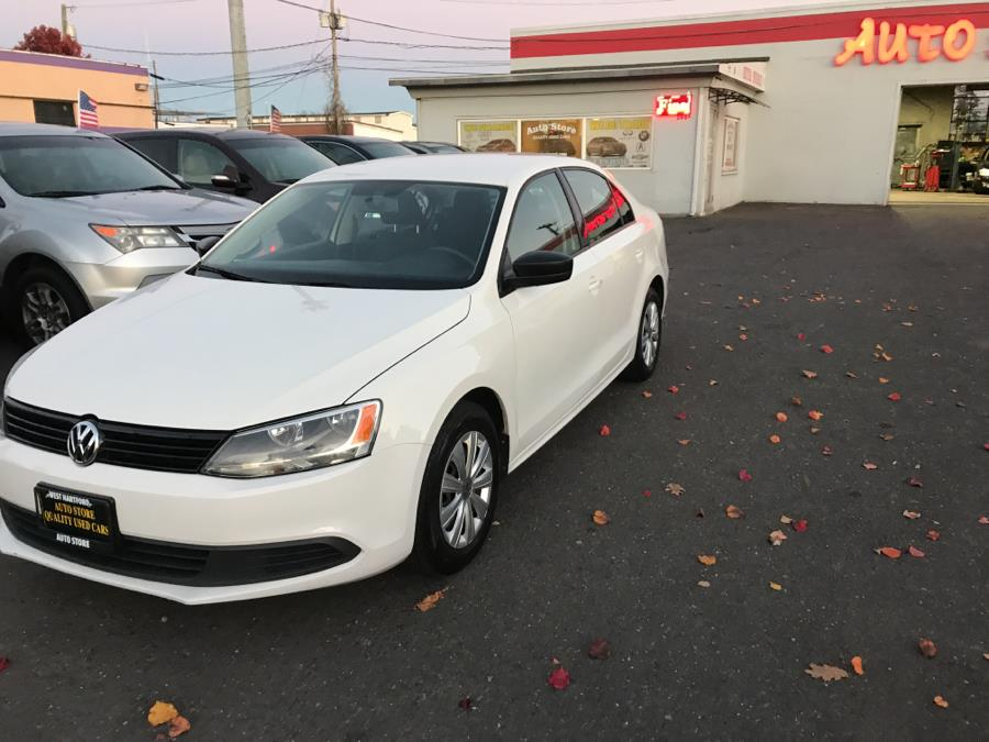 2013 Volkswagen Jetta Sedan 4dr Auto S, available for sale in West Hartford, CT