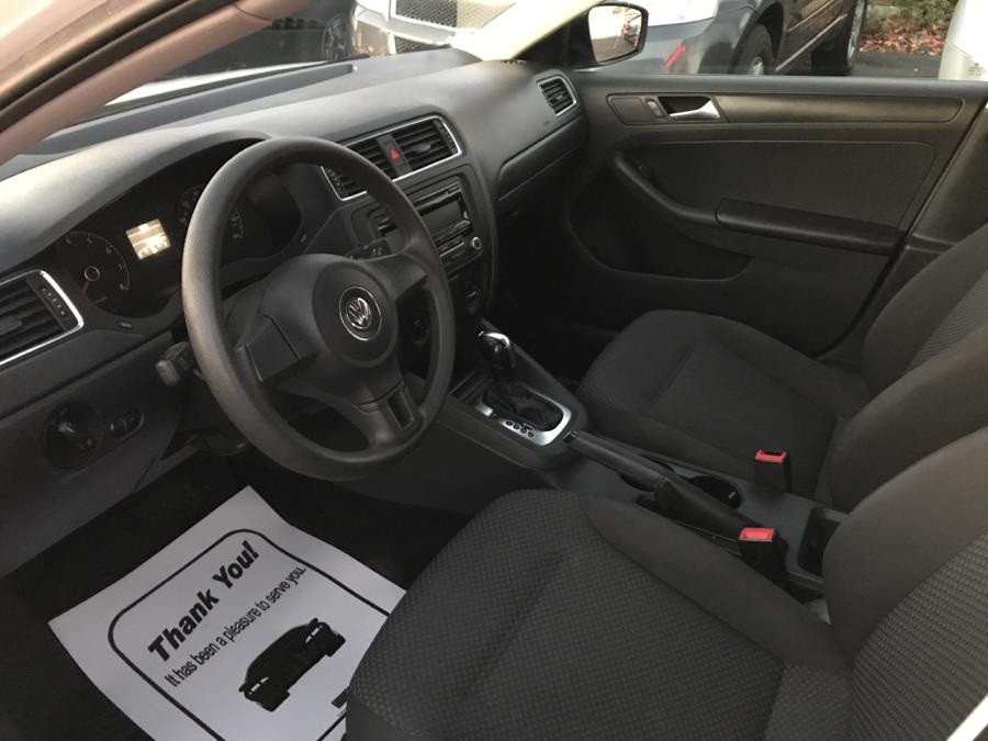 2013 Volkswagen Jetta Sedan 4dr Auto S, available for sale in West Hartford, Connecticut   Auto Store. West Hartford, Connecticut