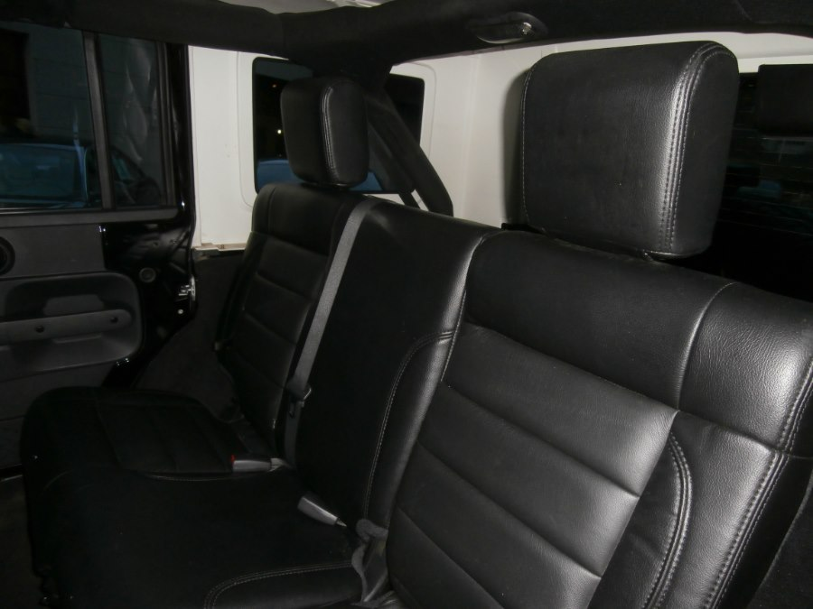2009 Jeep Wrangler Unlimited 4WD 4dr X, available for sale in Waterbury, Connecticut | Jim Juliani Motors. Waterbury, Connecticut