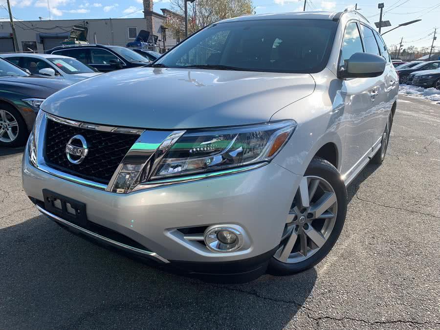 Used 2015 Nissan Pathfinder in Hillside, New Jersey | M Sport Motor Car. Hillside, New Jersey