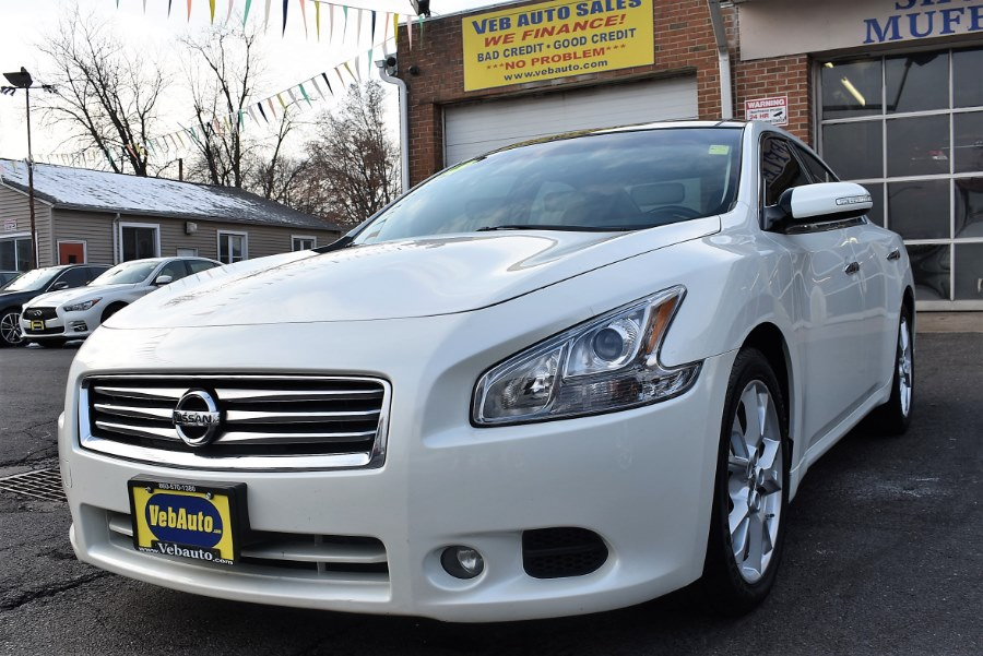 2014 Nissan Maxima 4dr Sdn 3.5 SV w/Premium Pkg, available for sale in Hartford, Connecticut | VEB Auto Sales. Hartford, Connecticut