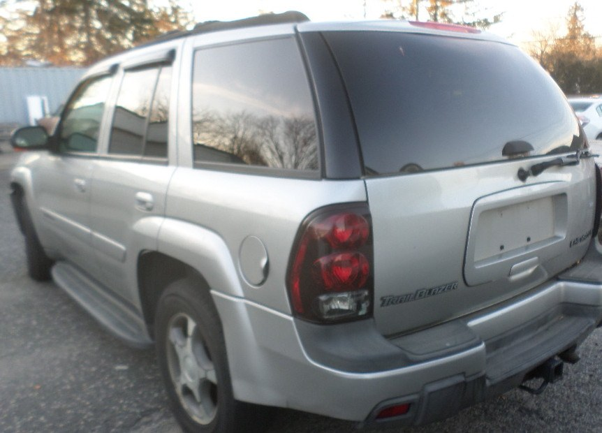 2004 Chevrolet TrailBlazer 4dr 4WD LS, available for sale in Patchogue, New York | Romaxx Truxx. Patchogue, New York